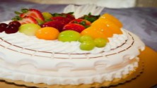 FRESH FRUIT COOL CAKE (1KG)